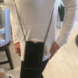 Accessories - Crossbody smart phone case